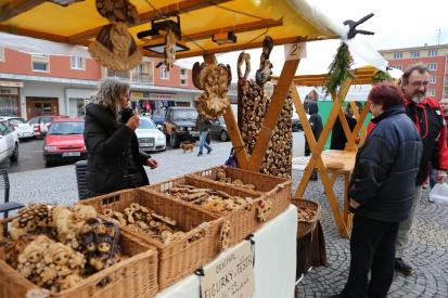 Adventní trhy a doprovodný program na náměstí 17. listopadu